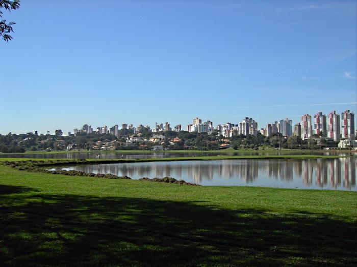Parque Barigui em Curitiba. Imagem de Wikimedia